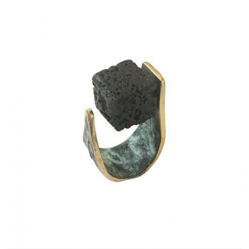 Bronze ring with lava stone...